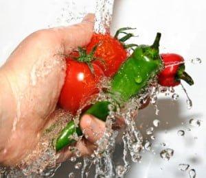 Cara Membasuh Sayur dan Buah-buahan